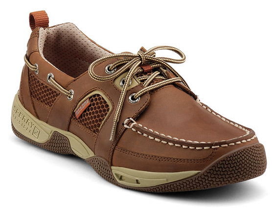 How to Find the Best Men's Boat Shoes for Sailing